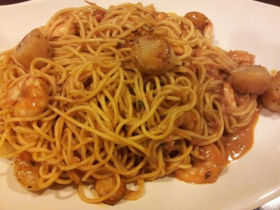 crabmeat spaghetti with prawns & scallops in pink sauce (creamy tomatoes)