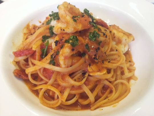 prawn linguine in tomato sauce - S$30