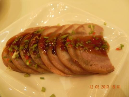酱蹄 sliced sauce trotters