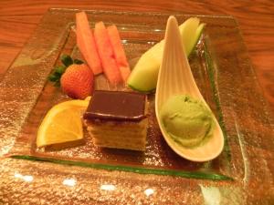 fruit & cake dessert