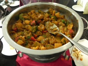 aloo gobi (cauliflower) & potatoes