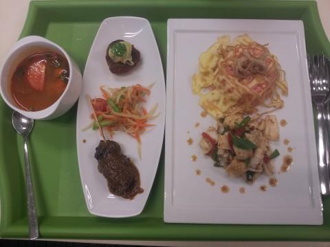S$12 thai basil squid lunch set