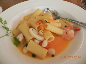 rigatoni with seafood