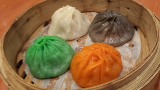 4 coloured xialongbao