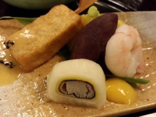 prawn,tofu, yam & roll