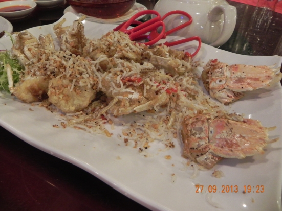 2 large mantis prawns in salt & pepper 椒盐濑尿虾