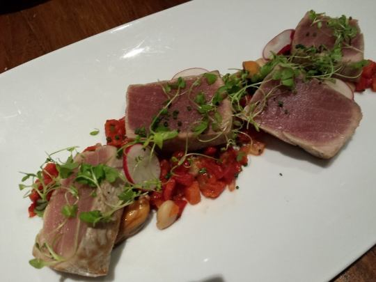 seared yellow fin ahi tuna loin