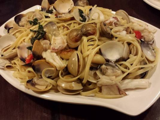 vongole linguine with squid