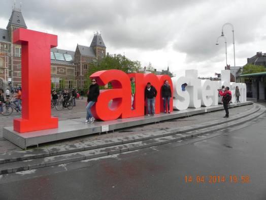 i amsterdam in front of rijksmeseum