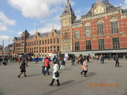 beautiful amsterdam central station opened in 1889 & handles 250,000 passengers/day