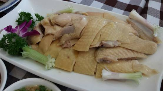 white-cut kampong chicken