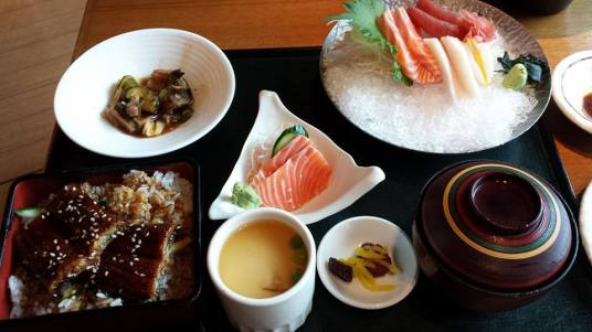 sashimi & unagi don set = S$34.80 (addition chawanmushi S$3.50, salmon sashimi S$3)