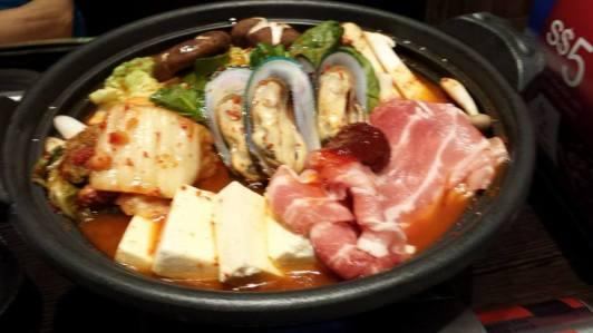 kurobuta kimchi nabe