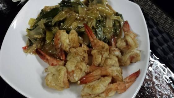 fried large prawns with leek