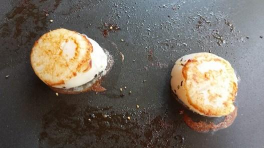 large & plump pan-seared hokkaido scallops