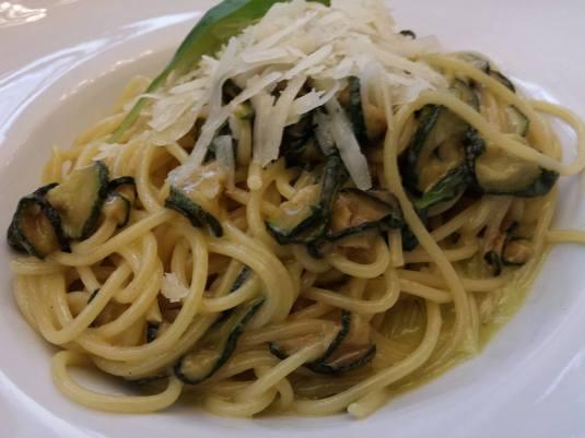 vege cheese pasta was excellent