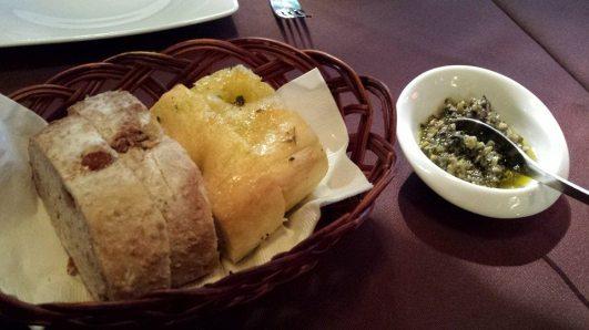 focaccia & walnut bread & olive dip