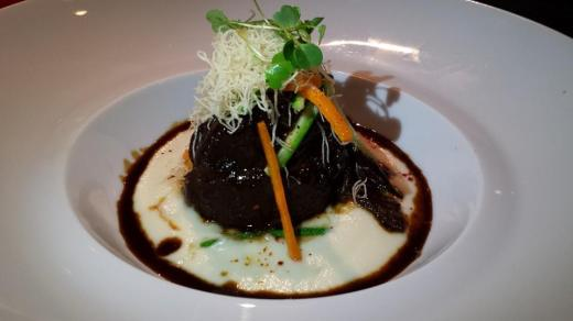 6hrs braised ox cheeks