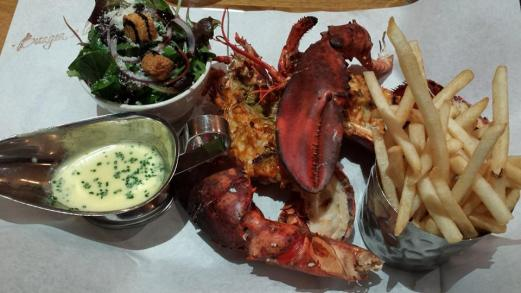 GBP20 lobster (about 1.5lb or 650g)
