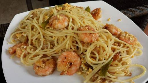 salted egg curry leaves prawn spaghetti