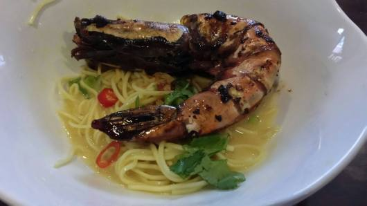 king prawn noodles (黄焖大虾面)