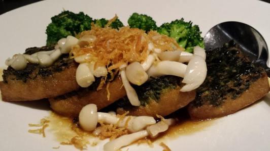 spinach tofu (三层楼) with shimeji mushrooms & broccoli