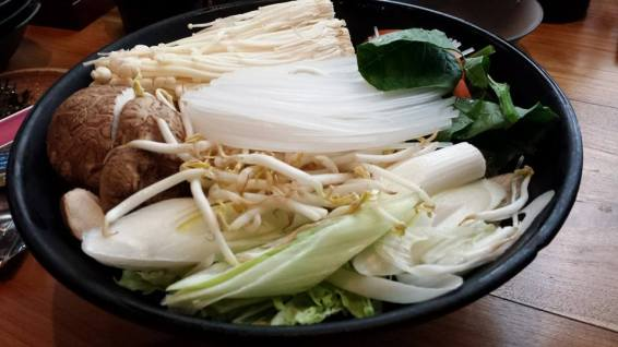 vege for pork shabus shabu set