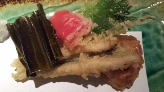 #7 excellent tempura - anago (conger eel), very good hotate, shiso 紫蘇 leaf (also called oba), and red pepper.