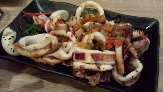stir-fried chilli squid