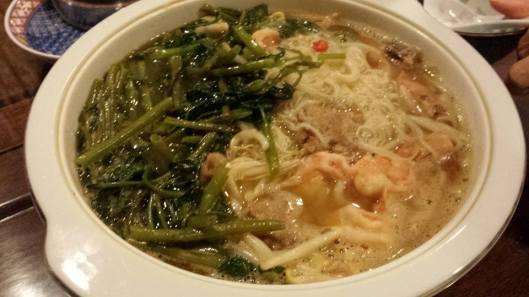 mee sua soup (面线汤)