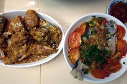 chilli mantis prawn & pomfret