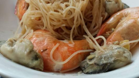 crab beehoon style prawn beehoon
