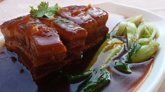 东坡肉 braised pork belly