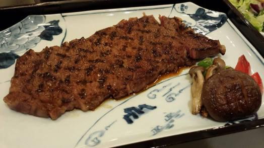 excellent kuroge wagyu 黑毛和牛 steak