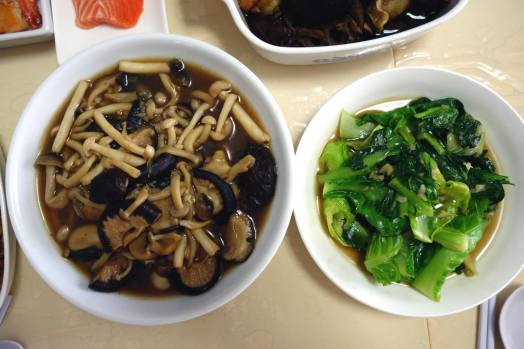mushrooms & greens