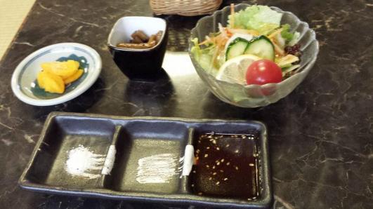 salad & sauce dip