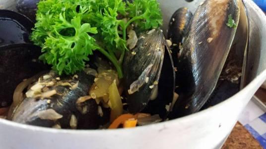 mussels pot