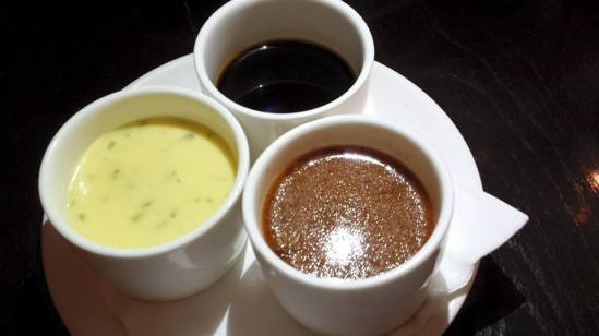 3 sauces = red wine, pepper & béarnaise