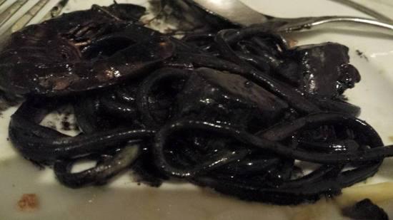 seafood squidink linguine