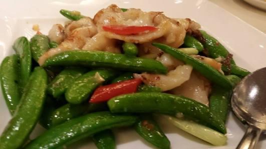 venus clams with sweet peas