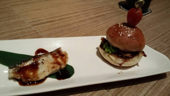 gindara teriyaki & mini chicken burger