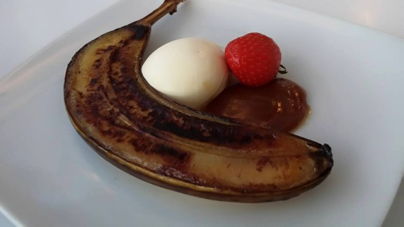 grilled banana, salted caramel, clotted cream