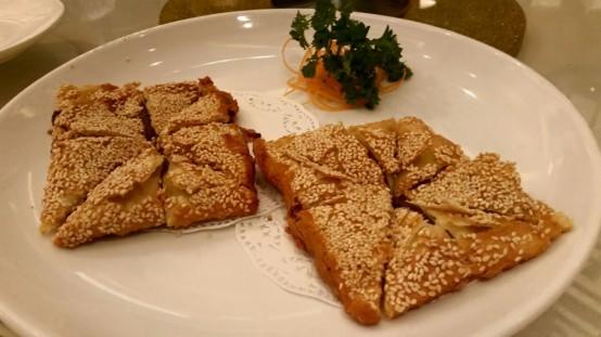 芝麻豆沙锅饼