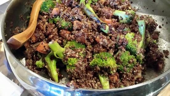 quinoa, brocoli, carrots & onions