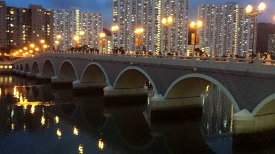 bridge at shatin park 沙田公园by the river 城门河