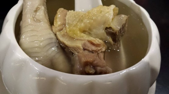 chicken feet 粉角soup