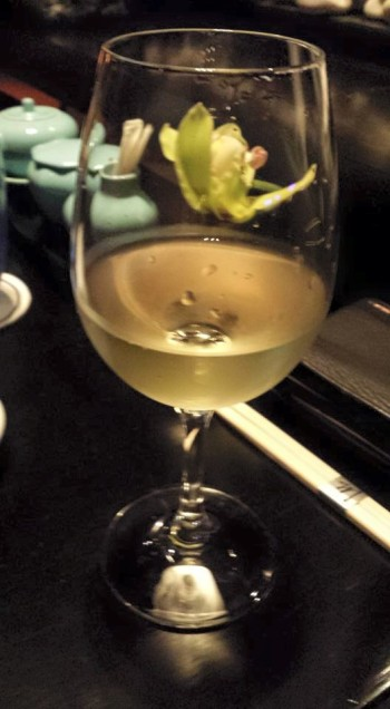 complimentary chile white wine