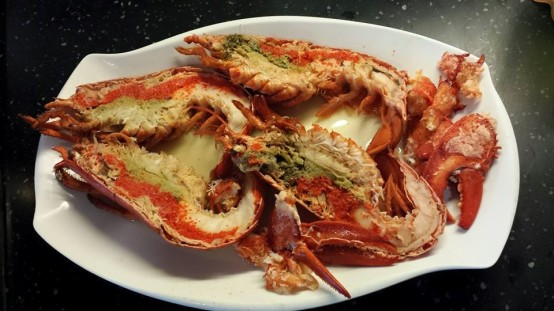 frozen cooked canadian lobster S$26.96 for 2x375g