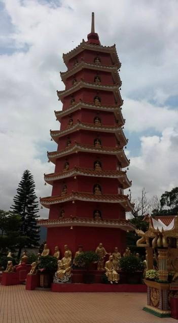 pagoda at man fat sze 万佛寺
