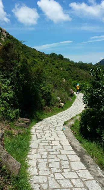 paved road to suk ku wan